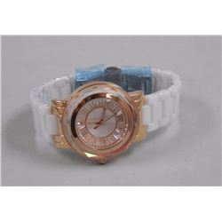 Ladies Custom Watch with 21 Channel Set Baguette S