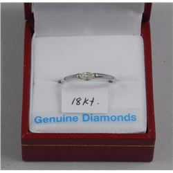 Ladies 18kt White Gold Solitaire Ring. 1 Prong, Ma