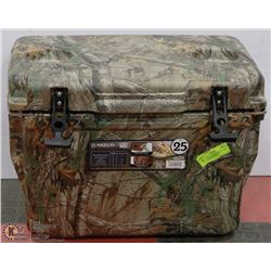 MAGELLAN OUTDOORS REALTREE EXTRA ICE BOX,HEAVY