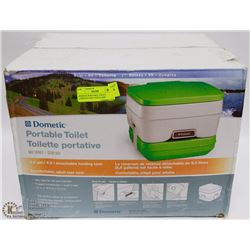 DOMETIC PORTABLE TOILET ,COMFORTABLE ADULT SIZE