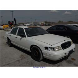 2004 - FORD CROWN VICTORIA with TX Title