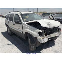 2001 - JEEP GRAND CHEROKEE // SALVAGE
