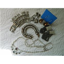 LOT OF ASSORTED RHINESTONE JEWELRY - SOME AS-IS