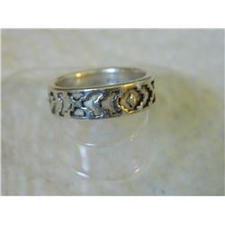 RING - 925 STERLING SILVER - CUTOUT DESIGN -RETAIL ESTIMATE $150