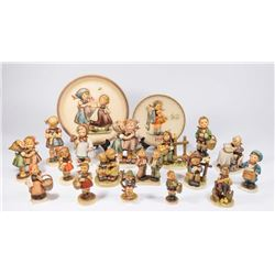 Group Lot 17 Hummel Figures