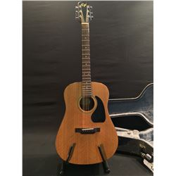 EPI MODEL ED-100 ACOUSTIC GUITAR, SERIAL NUMBER 9504101828, COMES WITH HARD SHELL CASE