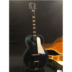 VINTAGE SILVERTONE ARCHTOP ACOUSTIC GUITAR, '7' STAMPED ON INSIDE OF TOP F HOLE, ALL ORIGINAL PARTS