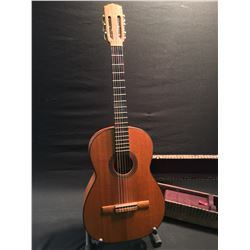 NYLON STRING CLASSICAL GUITAR, NO BRAND, MODEL NUMBER, OR ANY IDENTIFYING MARKS AT ALL, IN GOOD