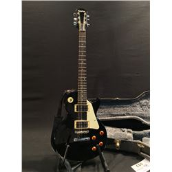 EPIPHONE LES PAUL GUITAR, WITH TWO HUMBUCKER PICKUPS, PICK GUARD, TWO TONE AND TWO VOLUME CONTROLS,