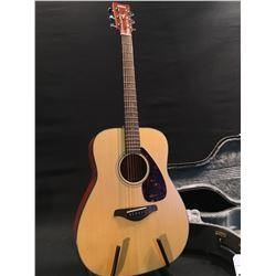 YAMAHA FG700MS ACOUSTIC GUITAR, COMES WITH HARD SHELL CASE