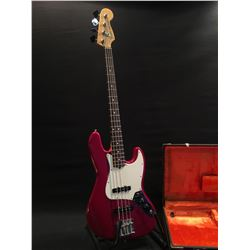 FENDER JAZZ BASS, MADE IN USA, SERIAL NUMBER US11004376, WITH TWO SINGLE COIL PICKUPS, TWO VOLUME,
