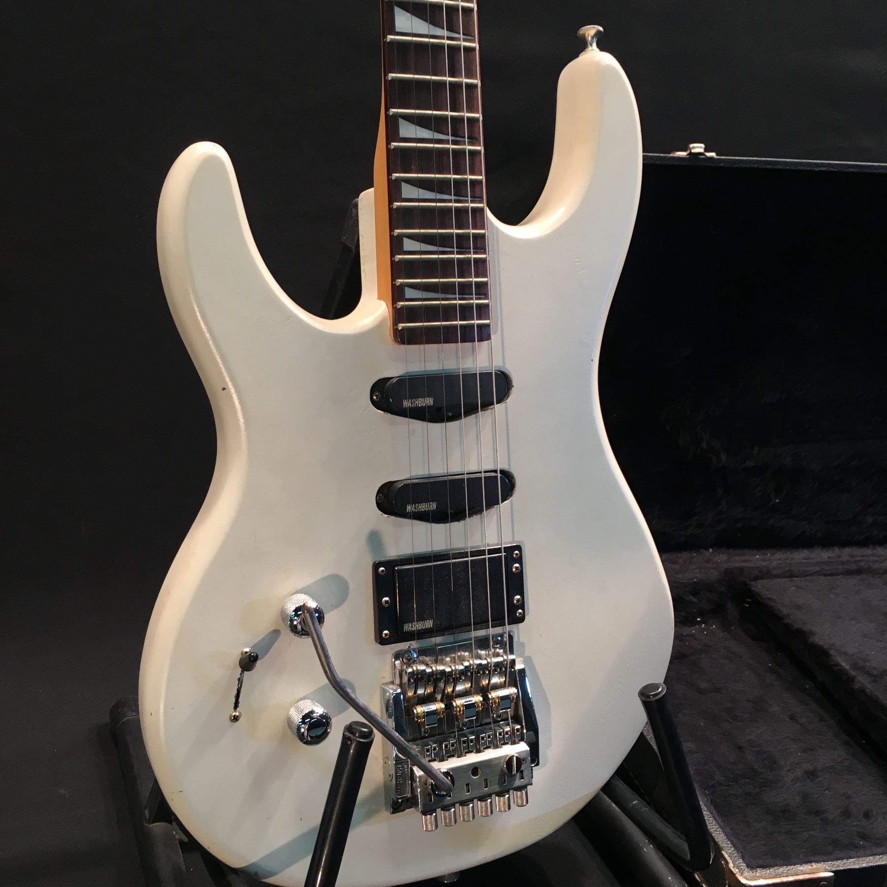 Nice Pit Bike Stator Wiring Thick Les Paul 3 Pickup Wiring Diagram Regular Telecaster 5 Way Switch Wiring Bulldog Security Remote Car Starter Old Tele 3 Way Switch DarkTsb Bulletins WASHBURN G 5V LEFT HANDED ELECTRIC GUITAR, WITH ONE HUMBUCKER AND ..