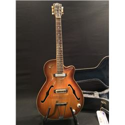 VINTAGE EKO MODEL 200 HOLLOWBODY ELECTRIC GUITAR, WITH SINGLE COIL PICKUP, TONE AND VOLUME CONTROL,