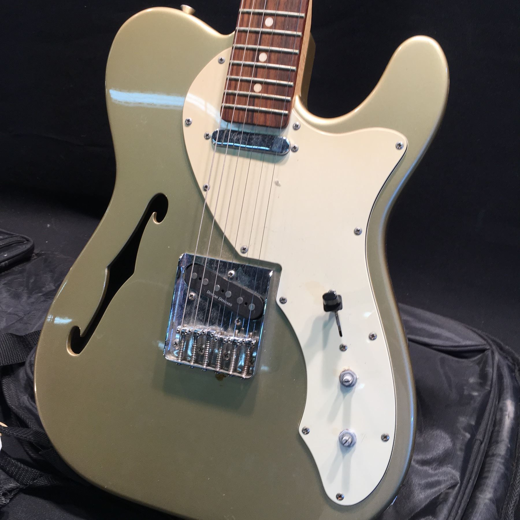 fender squier telecaster semi hollow body electric guitar with two single coil pickups ashtray. Black Bedroom Furniture Sets. Home Design Ideas