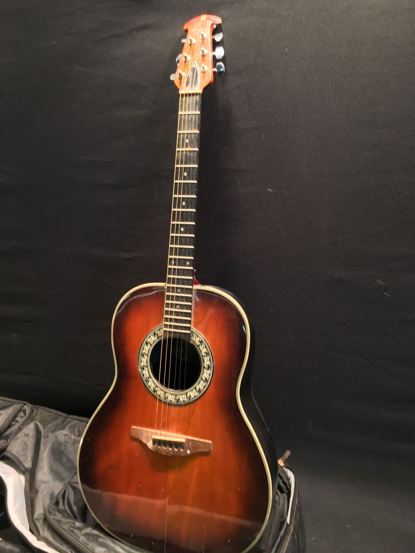 Ovation Model 1111 1 Composite Curved Back Acoustic Guitar Made In