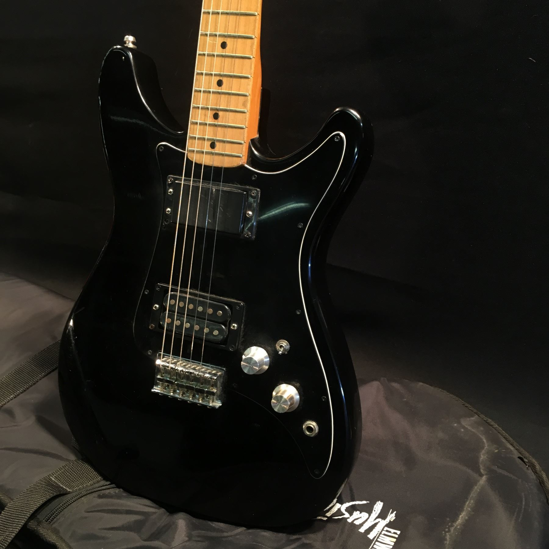 no name strat style electric guitar with two different style humbucker pickups two position. Black Bedroom Furniture Sets. Home Design Ideas