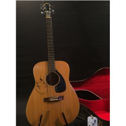YAMAHA MODEL FG-140 ACOUSTIC GUITAR, MADE BY NIPPON GAKKI IN JAPAN, SERIAL NUMBER 1279674, SIGNED