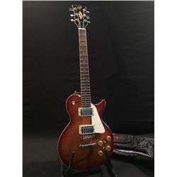HONDO II LES PAUL STYLE ELECTRIC GUITAR, WITH PICKGUARD, TWO HUMBUCKER PICKUPS, TWO TONE AND TWO