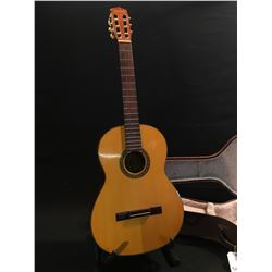 YAMAHA NO. G-120 NYLON STRING GUITAR, MADE BY NIPPON GAKKI CO. IN JAPAN, COMES WITH HARD SHELL CASE