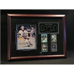 WAYNE GRETZKY FRAMED AND AUTOGRAPHED COLLECTION OF GAME PICTURE, ALL TIME STATS PLAQUE, AND FOUR