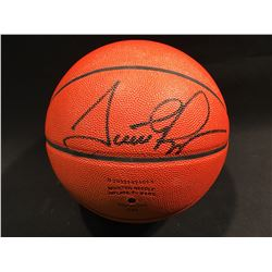 SCOTTIE PIPPEN AUTOGRAPHED BASKETBALL WITH DISPLAY CASE