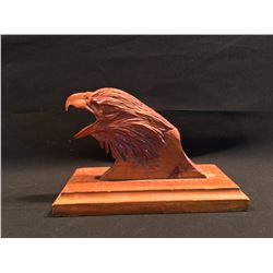 HAND CARVED WOODEN SCULPTURE OF A BALD EAGLE HEAD, 8.5'' H