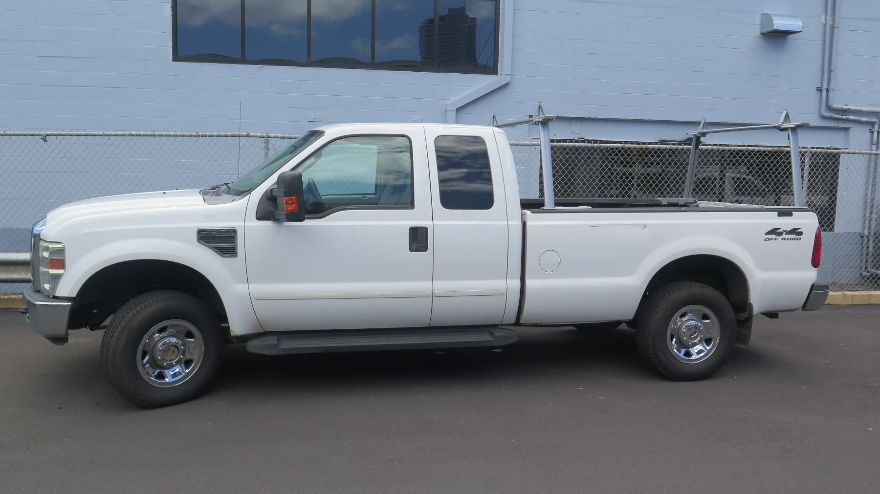 Video Image 1 2017 Ford F250 Work Truck 4x4 Crew Cab Rox 91 021 Miles