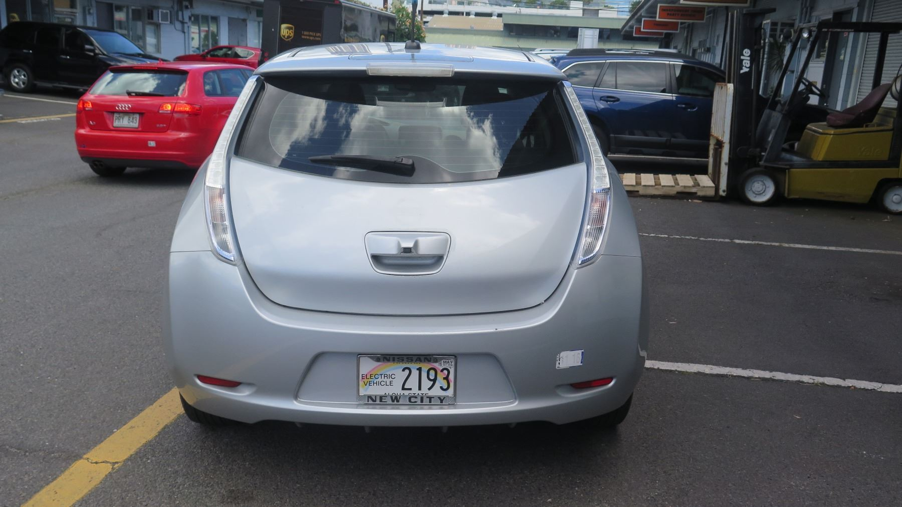... Image 4 : 2012 Nissan Leaf Electric Car   Under Warranty, Transferable,  Battery Charges ...