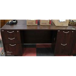 office desk with locking drawers. Black Bedroom Furniture Sets. Home Design Ideas
