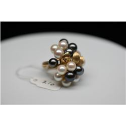 Ming's 20-Pearl Cluster Ring - 7 Black Cultured Pearls, 13 Cultured Pearls, 14K Yellow Gold, 12.6 g