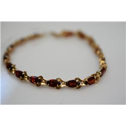 "Marquise Garnets Link Bracelet 7 1/8"" Length - 16 Garnets 4x8mm Each, 8 ct, 14K Gold 6.4 g"