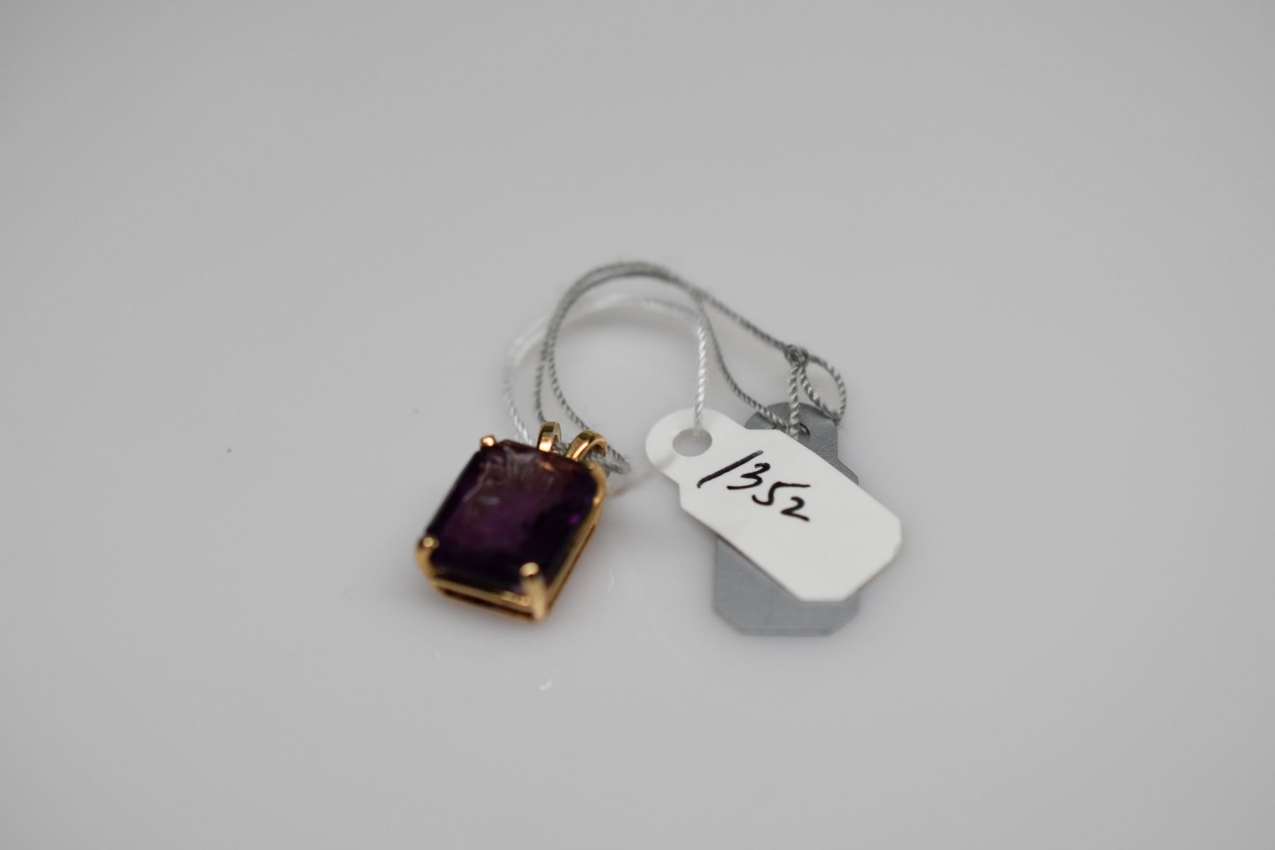 bulgari gold eleuteri pendant img intaglio collections