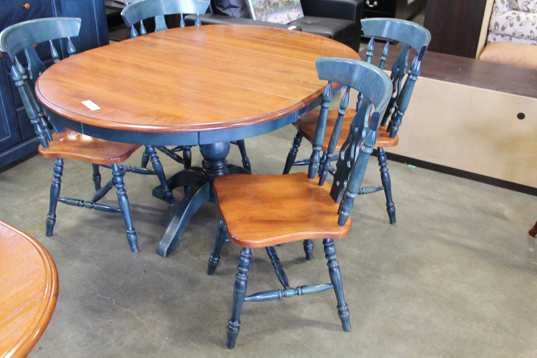 round maple and blue dining table with leaf and four chairs. Black Bedroom Furniture Sets. Home Design Ideas