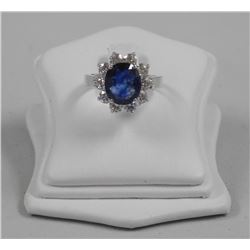 18kt White Gold 3.80ct Natural Blue Sapphire and T