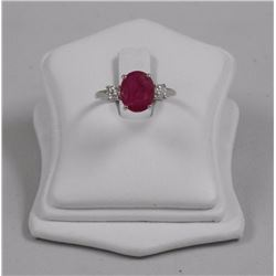 18kt White Hold 3.17ct Ruby and Two Prong Set Roun