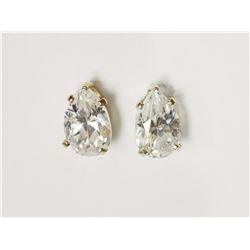 #38-10KT YELLOW GOLD CUBIC ZIRCONIA STUD