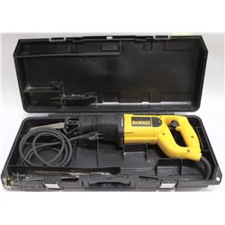 DEWALT RECIPROCATING SAW KIT WITH CASE