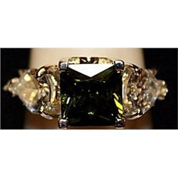 Beautiful Green Peridot & White Topaz SS Ring. (508L)