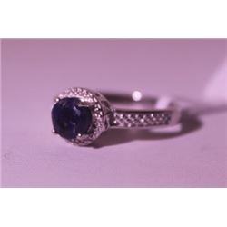 Exquisite Sterling Silver Ring with Blue Sapphire