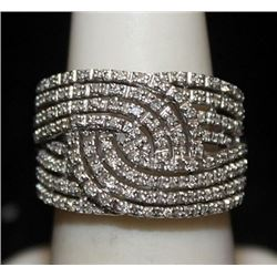 Gorgeous Silver Ring with Diamonds (185I)