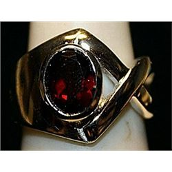 Beautiful Rose Garnet Sterling Silver Ring. (241L)