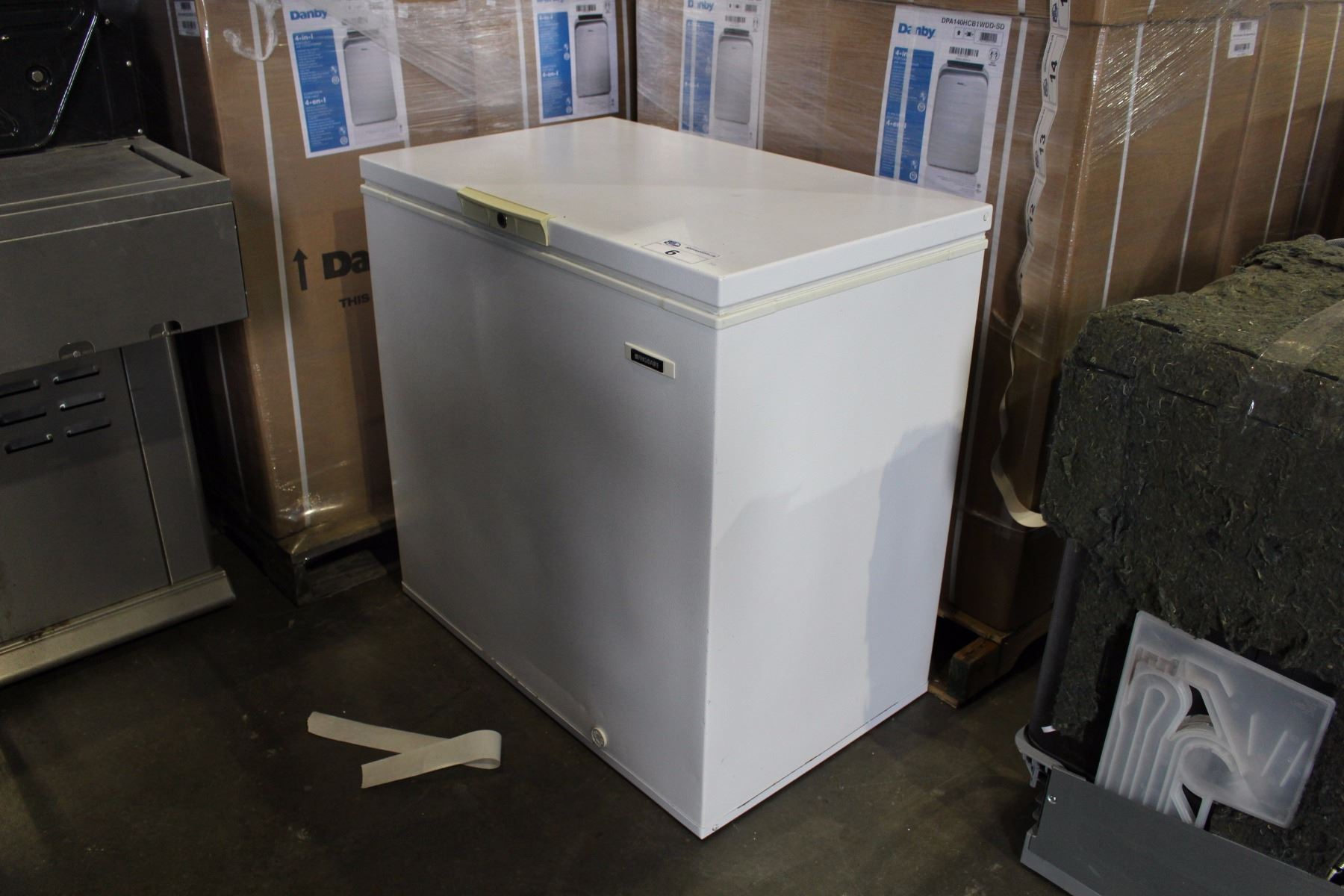 frigidaire apartment size chest freezer able auctions