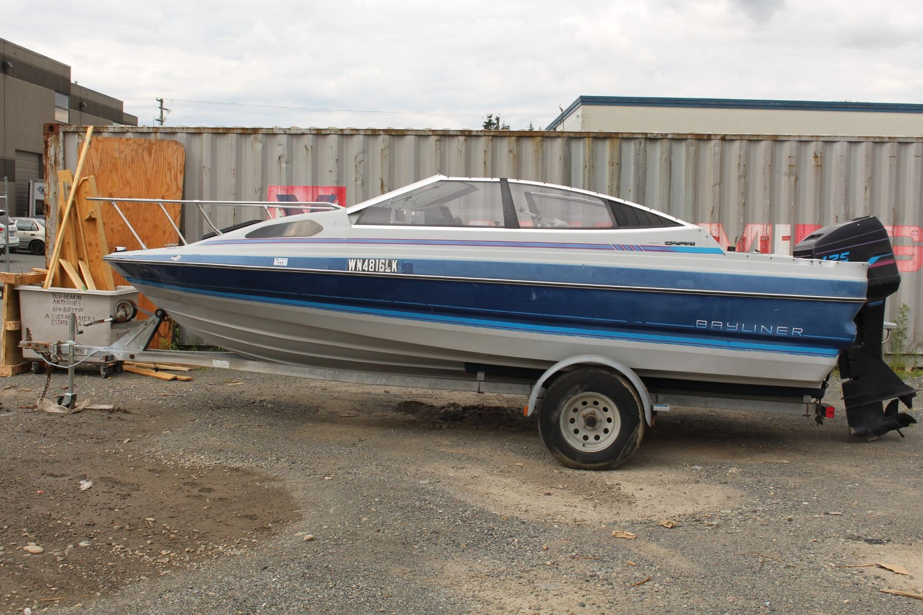 Image 1 : BAYLINER CAPRI BOAT WITH 125 FORCE OUTBOARD MOTOR AND TRAILER  WITH REGISTRATION ...