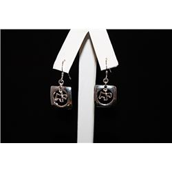 Exquisite T & Co. Dog Silver Earrings (67E)