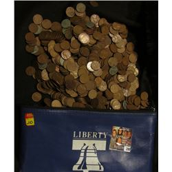 """(1,121) Unsorted  for date U.S. Wheat Cents, circulated, in a """"Liberty"""" Zippered Money Pouch."""