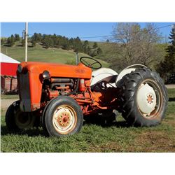 Ford 641, live pto, pwr steering, 3 pt., 3515 hrs., rubber 50%. A good running little tractor from A