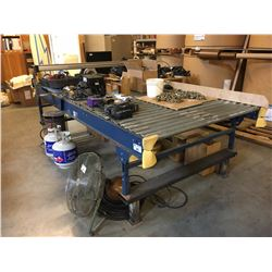 VERSA ROLLER CONVEYOR WITH PNEUMATIC CONTROLLED CUTTING ATTACHMENT