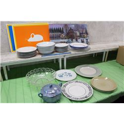 Lot of Assorted Plates, Dinner Placement Mats, Bowls & A Tea Pot