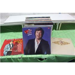 Lot of Records (Buddy Knox, Frank Mills, Roger Whittaker, Etc;)