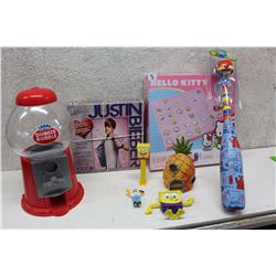 Lot of Children Toys (Justin Bieber 300 Pieces Puzzle, Bubble Gum Machine, etc;)